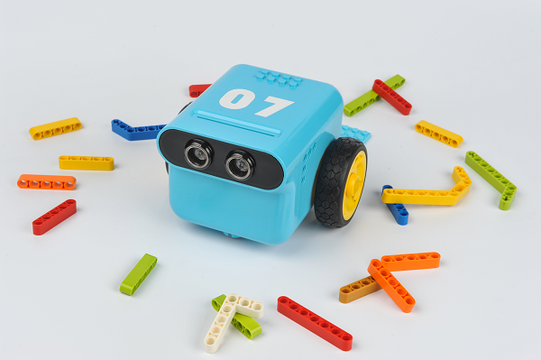 Color-controlled TPBot